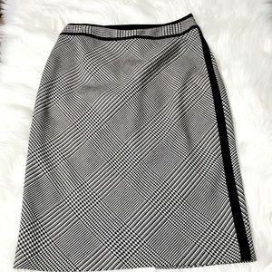WHBM Plaid Pencil Skirt Sz 4
